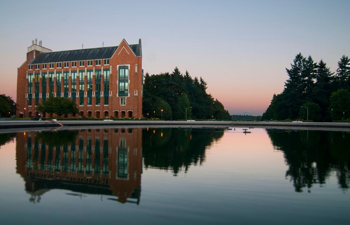 university of washington personal essay The university of washington seeks students who • enrollment in college and university courses three essays and activities log (personal statement.